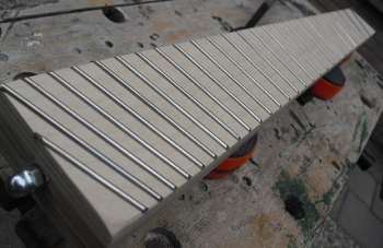 10 - fretted neck.JPG